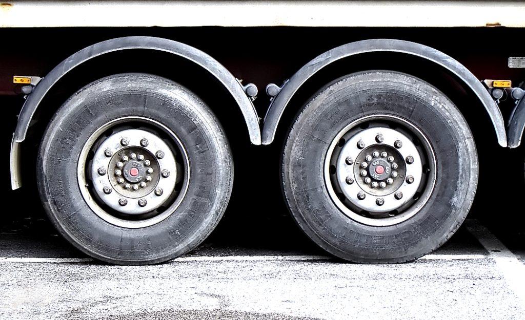truck-wheels-1240494